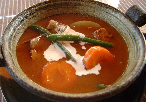 土鍋シチュー(ビーフ又はたん)